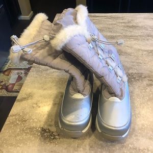 Lands End girls snow boots